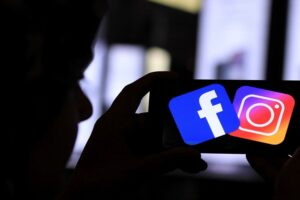 Facebook Messenger and Instagram Direct are merging